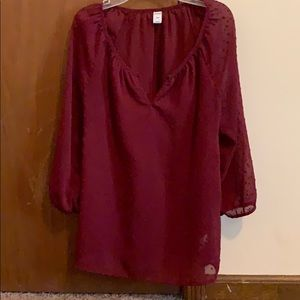 Long sleeve maroon top
